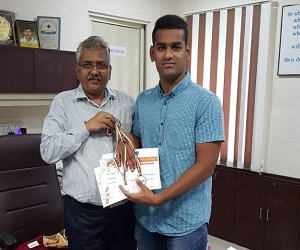 Rushi Patel won three medals in Swimming on National Sport Day
